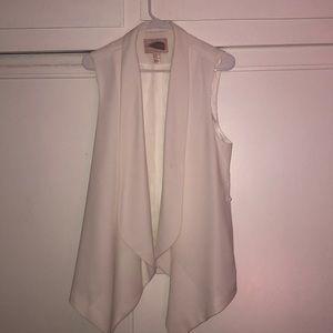 White polyester vest- Forever 21